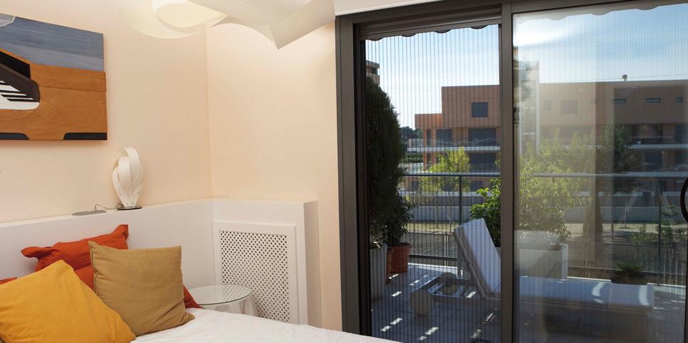 Insektenschutz an Türen und Fenstern für einen ungestörten Sommer
