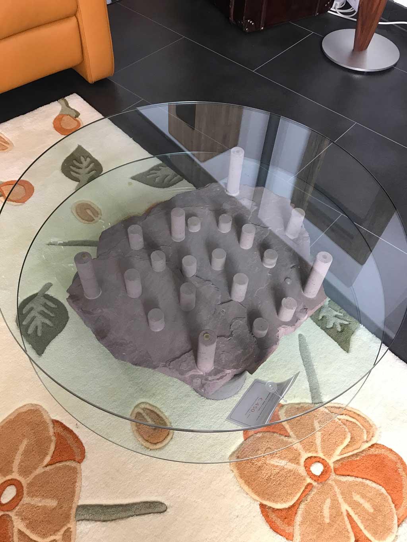 +++ Verkauft +++ Couchtisch Rotsandstein, rund Durchmesser 90 cm
