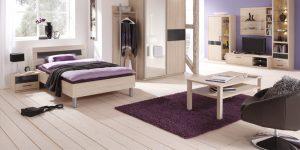 Moderne Schlafzimmer-Einrichtung / Holzmöbel hell