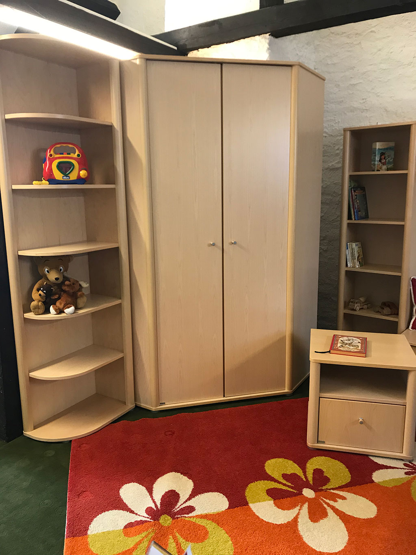 Kinderzimmer-Möbel zum Abholpreis